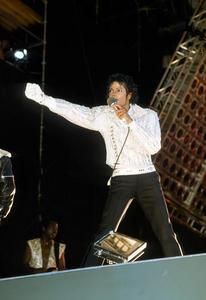 1984 VICTORY TOUR  Th_754387291_7030129981_df9c751acd_b_122_185lo