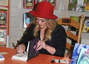 http://img289.imagevenue.com/loc531/th_268035175_HilaryDuff_promotesTrue_Mrs.NelsonsToyBookShop18_122_531lo.jpg
